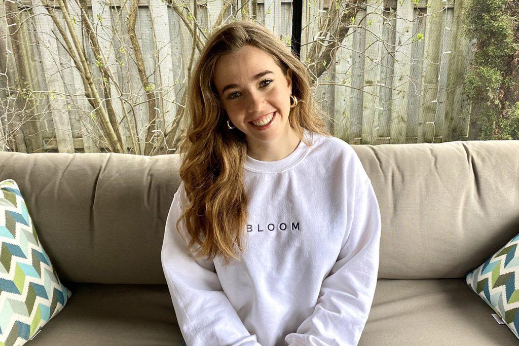 WEB Bloom Emily